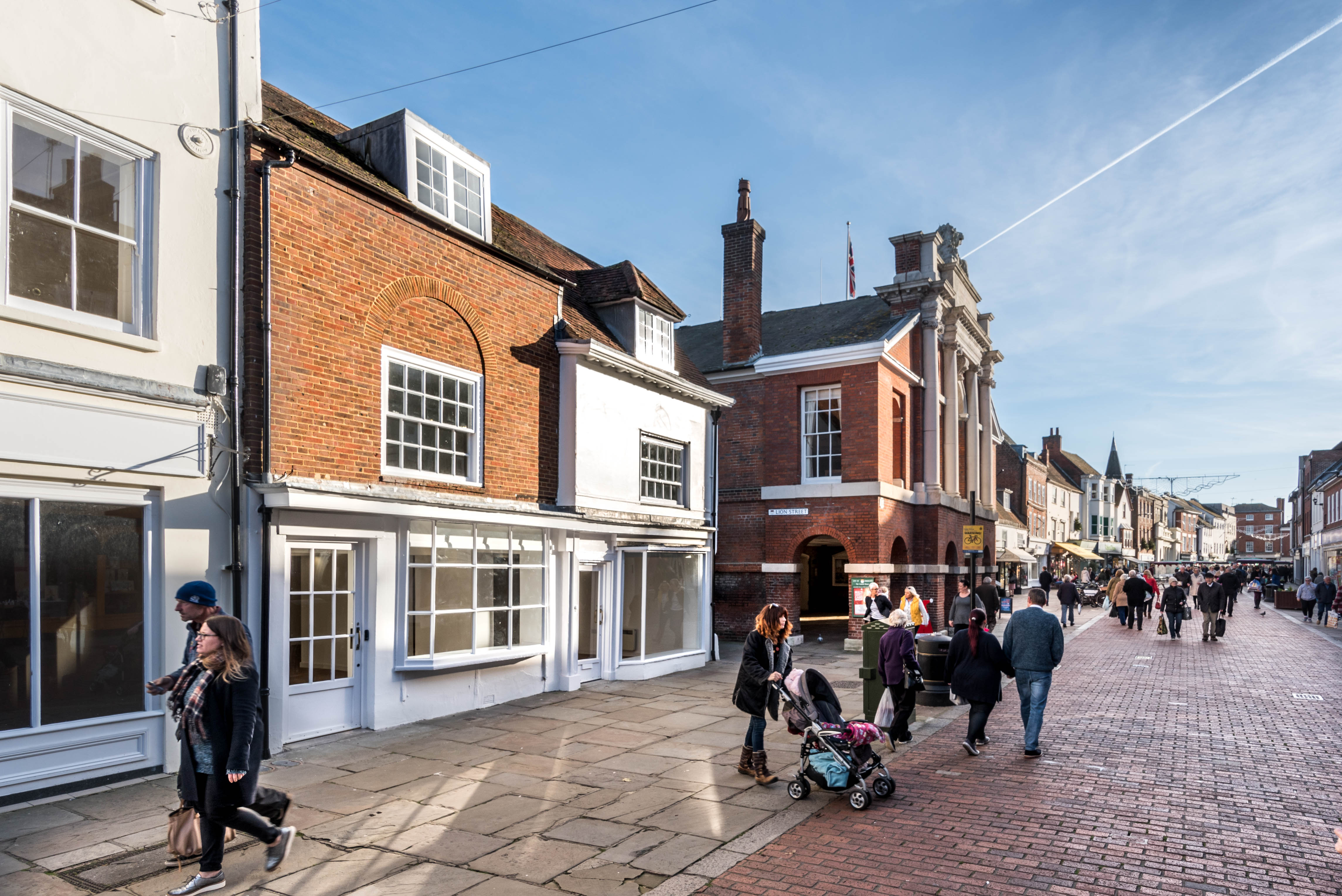 Refurbished Retail unit in Chichester To Let