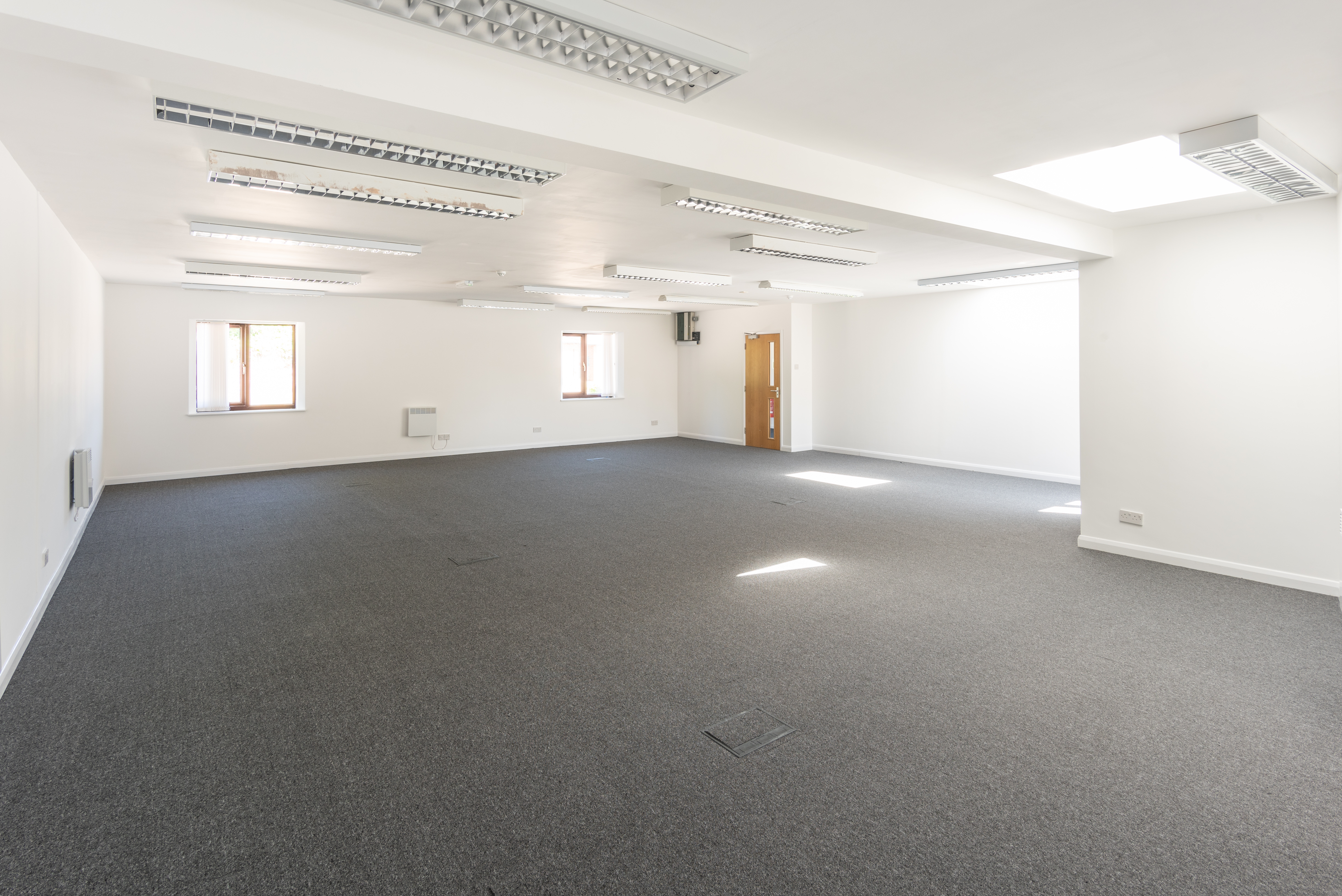 New Office Instruction - Modern Office Accommodation with Parking